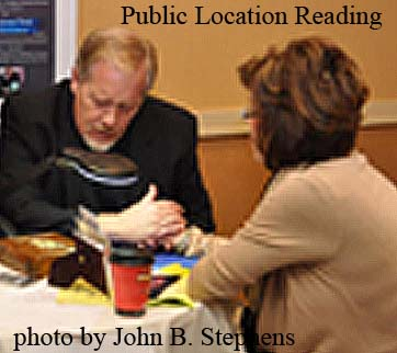 Edward Shanahan doing a Private Psychic Reading at Chicago public locations